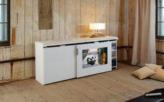 Skåp - TV inbyggd i skjutdörr http://www.vallaste.se/sv/94-r-mann-garderober