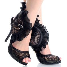Steampunk, Neo Victorian lace stilettos