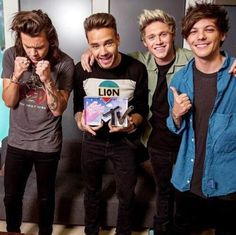 Image about one direction in ♥1D boys♥ by Loren Ormënaj