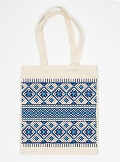 Tote with Romanian embroidery - so want one