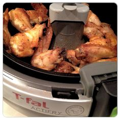 T-fal Actifry Chicken Wings. This machine was pricey, but worth it. Actifry Chicken Wings, Rotisserie Chicken Seasoning, Tefal Actifry, Actifry Recipes, New Kitchen Gadgets, Cooking Recipes, Healthy Recipes, Recipe For Mom, Air Fryer Recipes