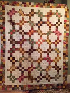 Dig Into Your Scraps for This Beautiful Quilt - Quilting Digest Vintage Quilts Patterns, Scrap Quilt Patterns, Fall Quilts, Scrappy Quilts, Jellyroll Quilts, Patch Quilt, Quilt Blocks, Quilting Projects, Quilting Designs