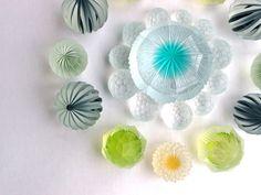 Home - maiyamamoto-glass Jimdoページ Jewellry Box, Broken Glass Art, Light Reflection, Resin Crafts, Glass Jewelry, Jewellery, Lampwork Beads, Artist Art, Stained Glass