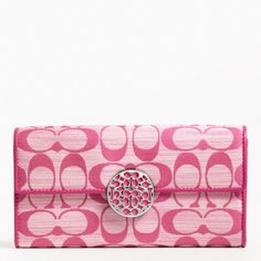 Cute for spring summer with my pink purse!