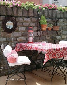 Small Garden Furniture: Small Garden Furniture with a gorgeous table cloth and cushions