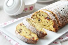 Pavlova, Creative Cakes, Banana Bread, Cake Recipes, Food And Drink, Meals, Dump Cake Recipes, Easy Cake Recipes, Meal