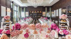 ヘミングウェイ Wedding Coordinator, Table And Chairs, Banquet, Wedding Table, Imagination, Parties, Table Decorations, Inspiration, Fiestas