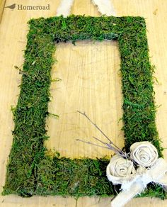 How to Make a DIY Spring Moss Wreath : Get the look of early Spring and St. Patrick's Day with this easy DIY moss wreath. Embellish it with faux flowers or create drop cloth rosettes like I did for this project. Picture Frame Wreath, Moss Wreath, Wreath Forms, Faux Flowers, Spring Flowers, Floral Wreath, Diy Crafts, Early Spring, Easy Diy