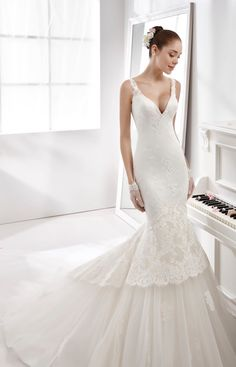 b768748ad6d2  wedding  weddingdress  2016  collection  bride  bridal  brides  fashion   love  white  sposa  abitodasposa  bianco  marriage