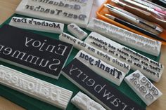 文字をキレイにラクに彫る方法: 消しゴムはんこ通信 スクラップブッキングにはタイトルとジャーナル(記録)を付けますので私の場合「文字」を彫る機会がとても多いです。 Crafts To Sell, Diy And Crafts, Eraser Stamp, Stamp Printing, How To Make Money, About Me Blog, Personalized Items, Pattern, Prints