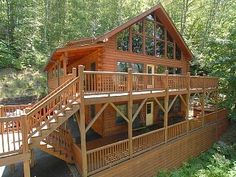 If you're planning a gathering of family or friends, Creek 'n Woods IV is THE PLACE! This 3 story log home is a Smoky Mountain vacation rental cabin in Maggie Valley, NC. The cabins sleeps 12-14 people, and is fully ...