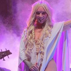 Maria Brink from In This Moment Maria Brink, Ladies Of Metal, Metal Girl, Beautiful Gorgeous, Beautiful People, Female Rock Stars, Women Of Rock, Fashion Forecasting, Badass Women