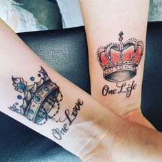 "Irina (@callaaa._) auf Instagram: ""#newtattoo #cuppletattoo #withmybff #imloveit #forever #crowns #red #blue #onelove #onelife #painful"""