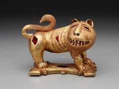 Sword ornament in the form of a lion | mid-20th century, Ghana