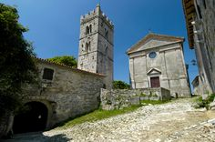 According to the Guinness World Records, the 23 inhabitant-strong town of Hum is the smallest in the entire world Istria Croatia, Hidden Garden, Adriatic Sea, Guinness, Fireworks, Places To Go, Strong, Tours, Wine