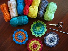 cute coasters..... graph & picture tutorial Wish I knew how to crochet.