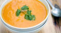 Sopa creme de cenoura, frango e gengibre title=