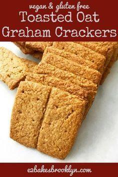 Toasted Oat Graham Crackers {Vegan & Gluten-Free} - Kinds Of Snacks 2020 Gluten Free Sweets, Gluten Free Oats, Gluten Free Cookies, Gluten Free Baking, Gluten Free Recipes, Gluten Free Soda Cracker Recipe, Oat Bread Recipe Gluten Free, Vegan Bread, Dairy Free