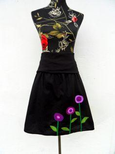 Blumenrock schwarz lila Wünschgröße Herbstrock von Zellmann Fashion auf DaWanda.com