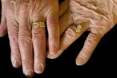 50th Wedding Anniversary Ideas - love this photo...Mom and Dad have a similar one in their wedding album!