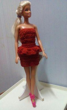 Vestido em crochê para boneca barbie