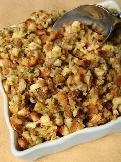 Poblano Cornbread Stuffing Recipe Sage Onion and Bacon Stuffing - this looks good, especially if you make it with homemade cornbread.Sage Onion and Bacon Stuffing - this looks good, especially if you make it with homemade cornbread. Stuffing Recipe With Bacon, Crockpot Stuffing, Homemade Stuffing, Stuffing Recipes For Thanksgiving, Homemade Cornbread, Vegan Stuffing, Cornbread Stuffing, Thanksgiving Food, Sage And Onion Stuffing