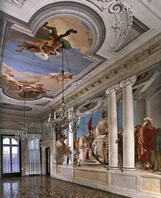 The beauty of grand murals & frescoes : Tiepolo's frescoes : Villa Valmarana ai Nani, Vicenza - View of the portego realized in 1757!