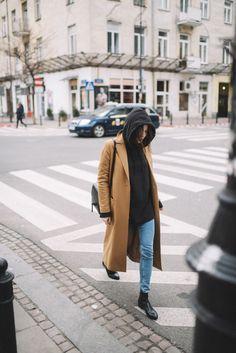 Street Style: Black Hoodie