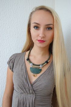 Enveloppé de corde Collier Collier vert collier par Jewelry4UOnly