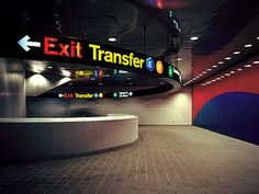 Station Murals and Signs  Lexington Avenue at 53rd Street  New York, NY