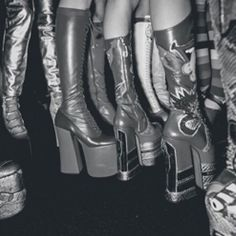 Insane platform boots - 1970s