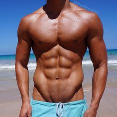 Ultimate healthy looking physique. Organic clean nutrition, sports, gym and healthy positive living!