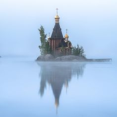 The Church of Andrew the Apostle on Vuoksi Russian Architecture, Church Architecture, Nature Pictures, Travel Pictures, Landscape Photos, Landscape Photography, Pictures Of Russia, Andrew The Apostle, Foggy Morning