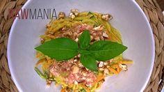 moje obľúbené rýchle a zdravé jedlo :) Bolognese, Raw Food Recipes, Pesto, Tacos, Ethnic Recipes, Turmeric, Raw Recipes