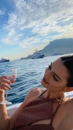 Family Photo Outfits, Family Photos, Kendall Jenner Style, Summer Photos, Summer Aesthetic, Aesthetic Style, Kardashian Jenner, Casual Summer Outfits, Bikini Bodies