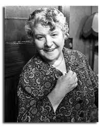 Irene Handl ( For The Love Of Ada ) - warm and easy comedy about a couple finding love in later life. Old Film Stars, Movie Stars, Comedy Actors, Actors & Actresses, British Actresses, British Actors, British Comedy, Star Pictures, Old Tv