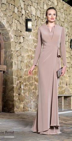 Jaimie - Evening Dresses and Fashion Hijab Fashion, Fashion Dresses, Evening Dresses, Formal Dresses, Quinceanera Dresses, Elie Saab, Mother Of The Bride, Designer Dresses, Dress Outfits