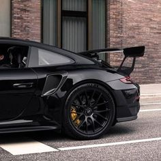 Blacked Out Porsche 911 Source: Porsche 911 Gt3, Porche 911, Black Porsche, Porsche Cars, Porsche Carrera, Latest Cars, Expensive Cars, Automotive Design, Sport Cars