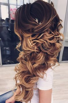 Wedding Hairstyles For Long Hair - You possibly have selected your shoes and outfit, now it's time for the best homecoming hairstyles. Here are some hairstyle ideas for medium to long hair. Homecoming Hairstyles, Wedding Hairstyles For Long Hair, Wedding Hair And Makeup, Modern Hairstyles, Beautiful Hairstyles, Wedding Hairsyles, Japanese Hairstyles, Night Hairstyles, Asian Hairstyles
