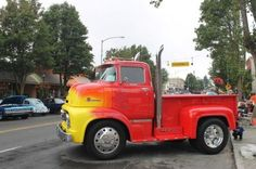 Coe Trucks From the 30s 40s and 50s   Found on cloud3.wsbcdn.com