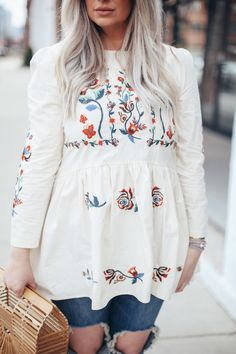 Spring Look | Floral Tunic with Distressed Denim