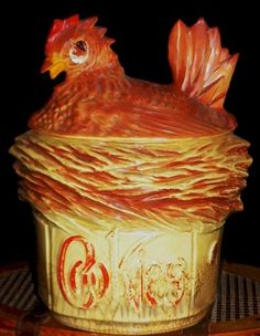 VINTAGE VERY OLD RARE MCCOY USA HEN ON A NEST COOKIE JAR