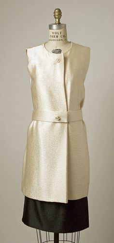 Ensemble House of Balenciaga  (French, founded 1937) Designer: Cristobal Balenciaga (Spanish, 1895–1972) Date: ca. 1966 Culture: French Medium: [no medium available] Dimensions: [no dimensions available] Credit Line: Gift of Mrs. William Rand, 1975