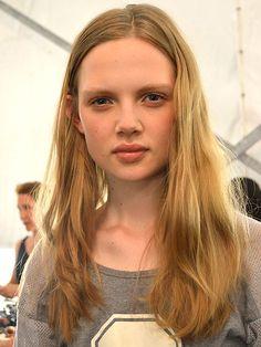 Fashion Week's Easiest (& Prettiest!) Hair & Makeup Tricks