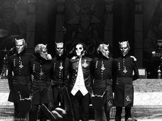 ghost papa emeritus popestar nameless ghouls live #ghost #ghostbc #papa #papaemeritusiii #papaemeritus #popestar #namelessghouls #popestartour #concertphotography #liveshow #livemusic #swedishmetal #rockmusic #heilsatan #heavymetal #livemusicphotography #photography #masks #band #rocknroll #musicphotography #liveshot