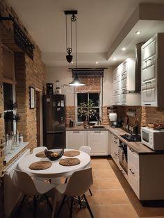 Kitchen Room Design, Home Room Design, Home Decor Kitchen, Interior Design Kitchen, Home Kitchens, House Design, Cuisines Design, House Rooms, Cozy House