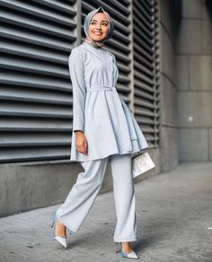 Image may contain: 1 person Modern Hijab Fashion, Street Hijab Fashion, Hijab Fashion Inspiration, Abaya Fashion, Muslim Fashion, Fashion Wear, Work Fashion, Modest Fashion, Women's Fashion Dresses