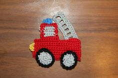 Free firetruck pattern from Crochetier