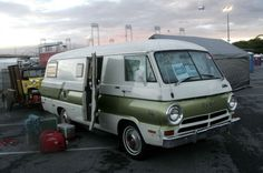 I've been everywhere: Dodge A-100-based Xplorer motorhome at Hershey
