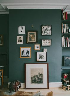12 beautiful neutral rooms without white walls - . 12 beautifully neutral rooms without white walls – – # Living Room Green, Green Rooms, Home And Living, Living Room Decor, Gothic Living Rooms, Modern Living, Sage Green Walls, White Walls, Green Painted Walls